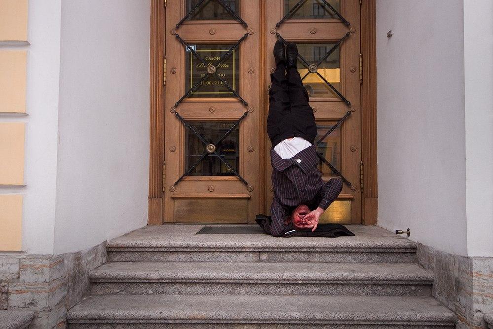 """Трубач дядя Миша с Невского проспекта: """"У меня в голове двенадцать тысяч песен"""". А начинал он во Владивостоке..."""