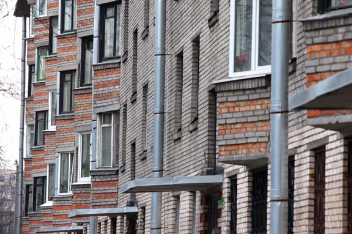 Жители попавших под реновацию кварталов смогут переехать в другие районы