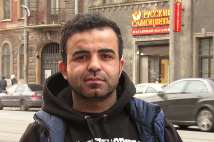 «Чувство такое, как будто нахожусь в гостях»: как живут курды вПетербурге