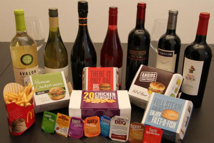 Как подобрать вино к шаверме, суши и наггетсам: рассказывают сомелье и владельцы баров