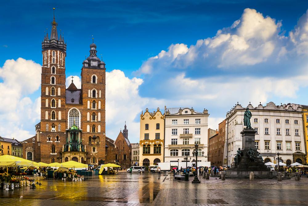 Жизнь в Кракове: выслушать жалобы поляка, попробовать пероги и осмотреть синагоги