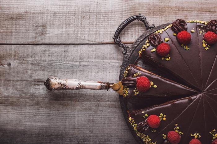 Десять городских кондитерских сдесертами: от кейк-попсов допирожных на пиве