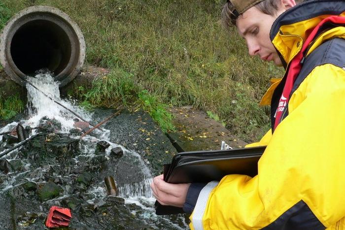 «Водоканал» отрицает угрозу от химикатов с полигона Красный Бор, якобы попавших в Неву