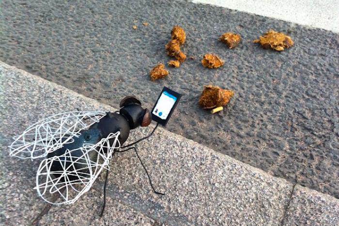 Американский художник комментирует петербургский стрит-арт: от пластиковой мухи дограффити в поддержку Сенцова