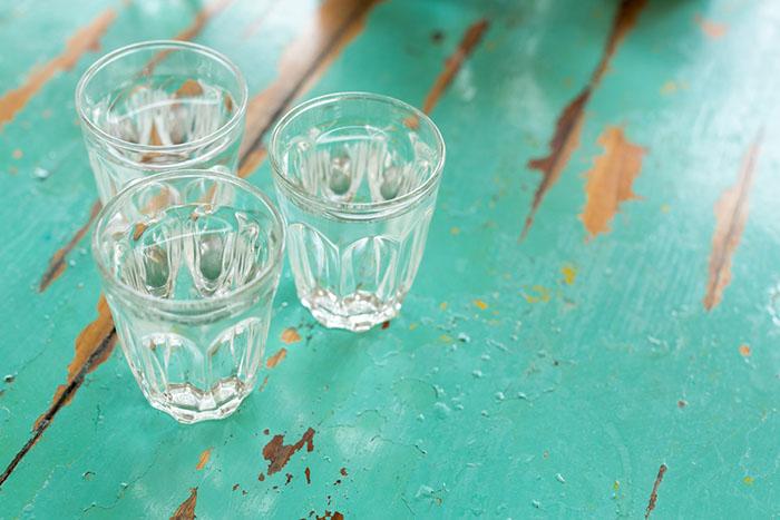 Можно ли пить воду из-под крана вПетербурге?