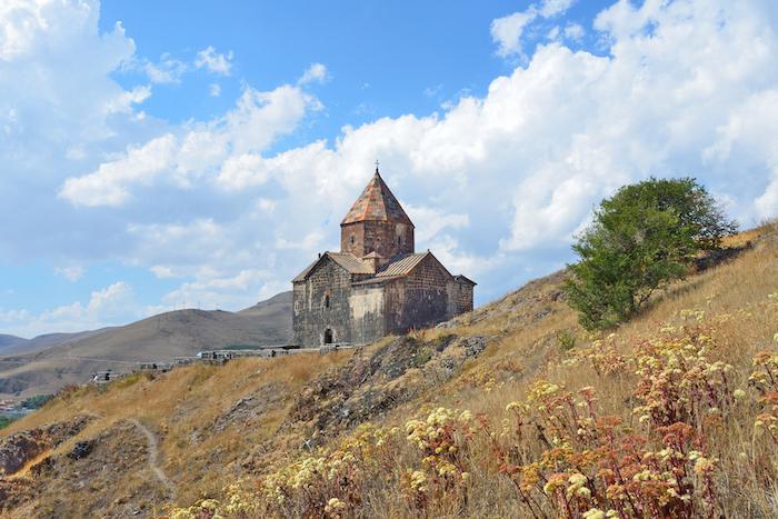 Как путешествовать по Кавказу: советы для туристов в Грузии, Армении и Азербайджане