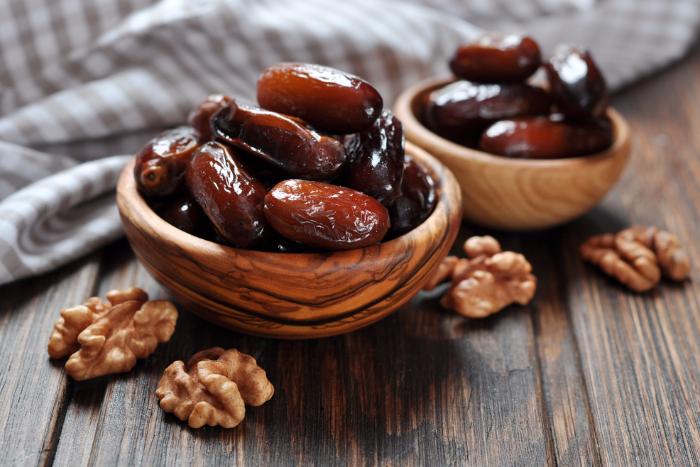 В России могут подешеветь орехи, финики и брокколи