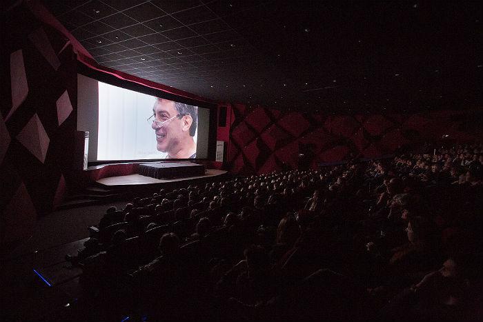 «Кудрявый дядя из телевизора»: каким Немцов был при жизни — рассказывает автор документального фильма про политика