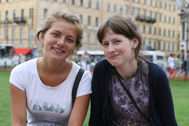 Программист из Петербурга рассказал, как нашел героинь фотоснимка с помощью «шазама» для людей