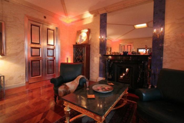 Самое дорогое съемное жилье Петербурга: от яхты до квартиры уЭрмитажа