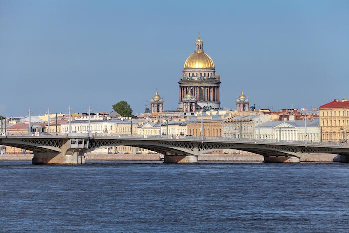 Мосты не будут разводить в майские праздники, чтобы петербуржцы могли добраться домой