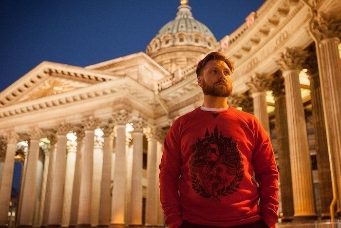 Быть своим: восемь локальных марок одежды с символикой Петербурга