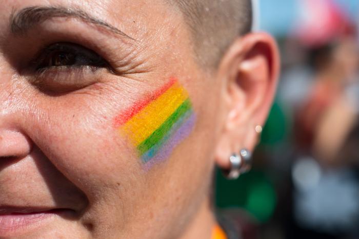 Как в Петербурге поменять документы и найти работу с «чужим» паспортом  — в трех монологах трансгендеров