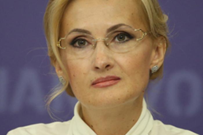 Штрафы для мессенджеров илишение гражданства: кратко об «антитеррористических» поправках Яровой