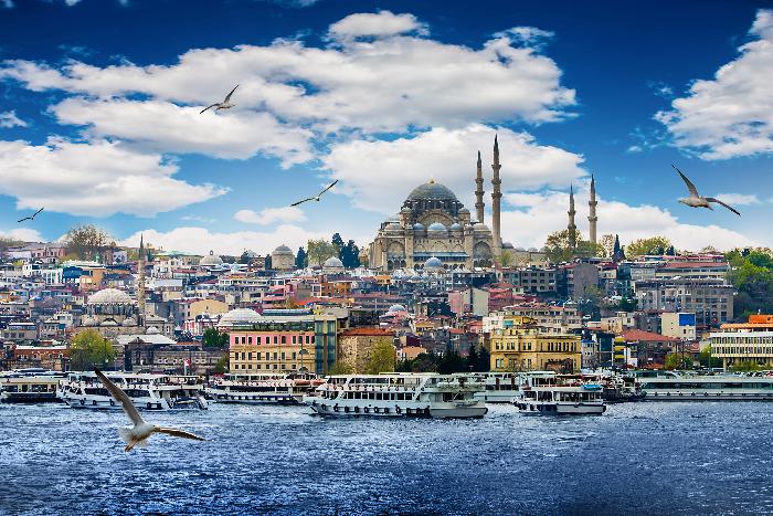 Владимир Путин отменил запрет на продажу турпутевок в Турцию