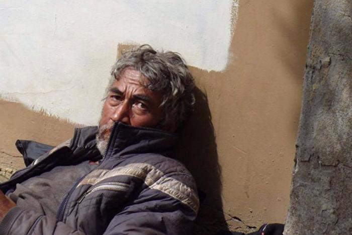 Петербургский студент рассказал, как помогал бездомному, а тот оказался таджикским писателем