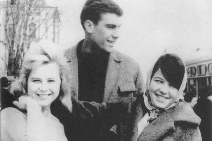 Чтение на «Бумаге»: как и зачем Довлатов поступил на филфак ипочему оттуда вылетел