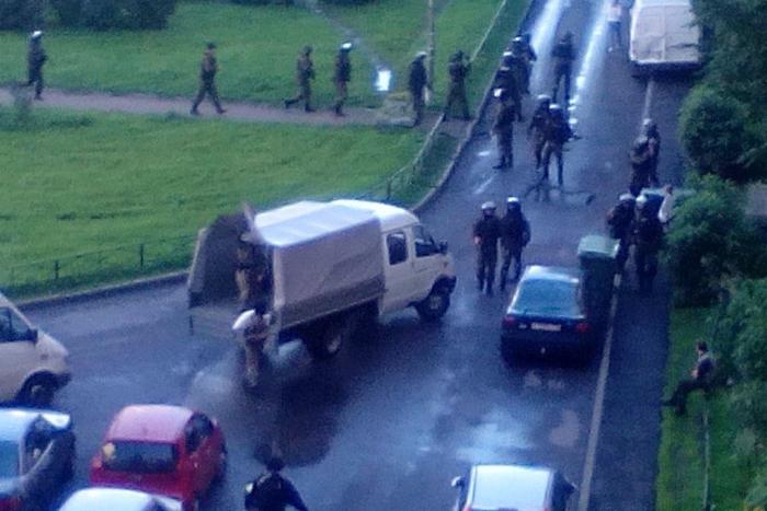 Что происходит на Ленинском проспекте: трансляция антитеррористической спецоперации
