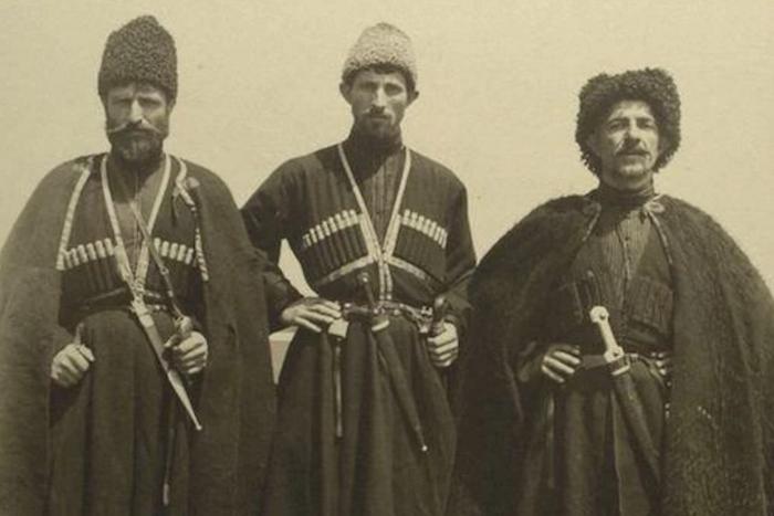 The Washington Post опубликовала фотографии иммигрантов изРоссийской империи и Восточной Европы, прибывших в США в начале XX века