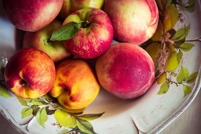 Десять кафе и ресторанов, где подают блюда из яблок — отоладьев и шарлотки до гаспачо исмуши