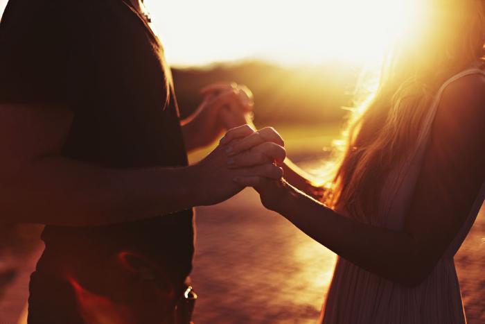Минюст предложил требовать согласия родителей для свадьбы в 16 лет