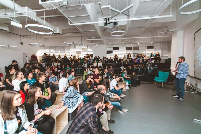 В Oxтa Lab в расширенном формате пройдет Science Slam, посвященный экстремальной роботехнике и психологии