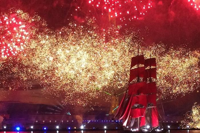 Фестиваль выпускников «Алые паруса» назвали лучшим городским событием Европы
