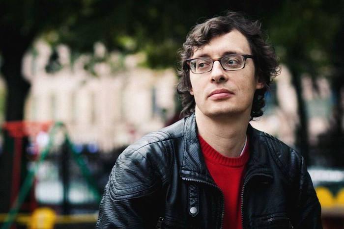 Писатель Андрей Аствацатуров — о«пятнашках на помойке», модерне Петроградской и проблеме подземных переходов