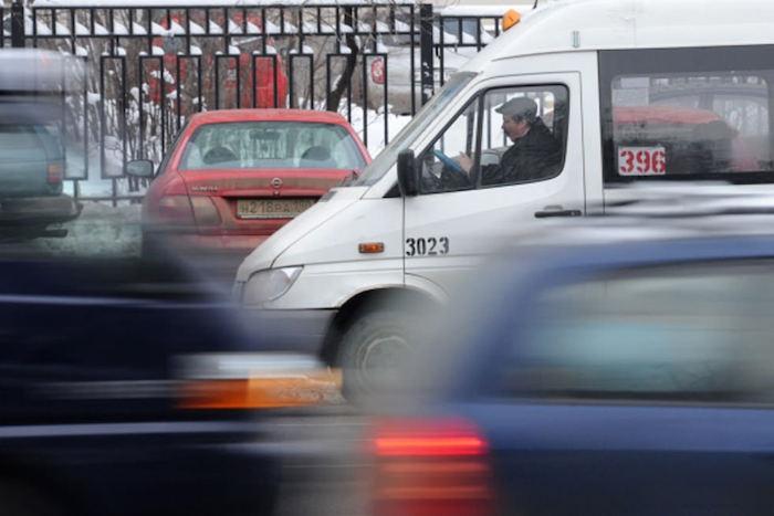 Профессии, которые ненавидят: водитель маршрутки — о помощи людям, скорости движения и грязных салонах
