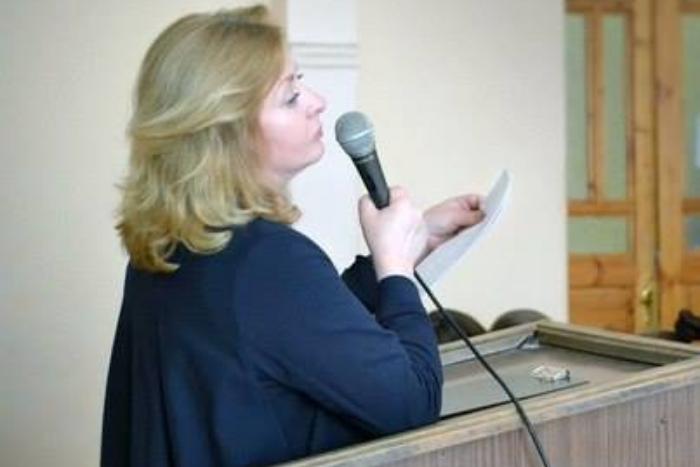 «Неграмотных не стало больше, они просто стали заметнее»: филолог Светлана Друговейко-Должанская — о склонении Купчина и утрате стиля