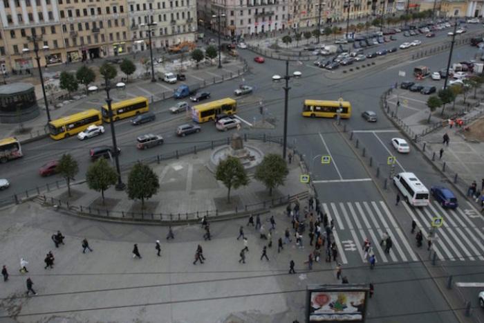 Петербуржцев попросили высказать свои идеи по поводу будущего Сенной площади
