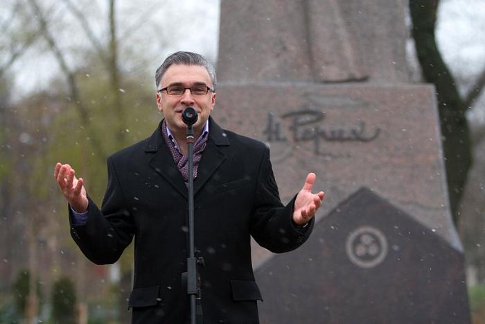 «Ты никогда и ни про кого не говорил плохо»: воспоминания друзей и знакомых о погибших в авиакатастрофе петербургских журналистах