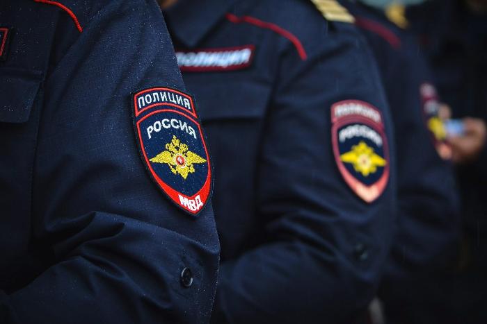 Полицейский получил меньше двух лет за погибшего в отделении петербуржца