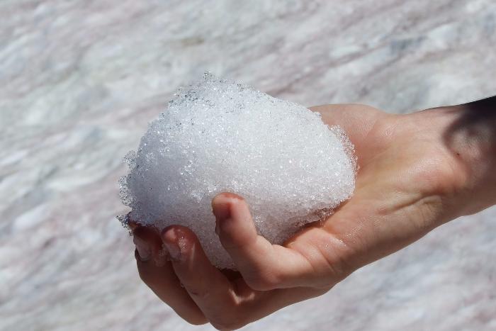 «Зенит» оштрафовали за кидавших снежки болельщиков