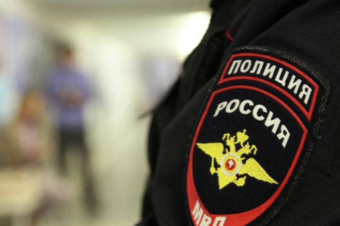 Четверых петербургских полицейских задержали за избиение и пытки электрошокером