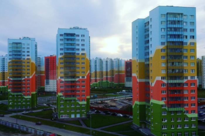 Варламов назвал ЖК у Муринской дороги «веселеньким гетто»
