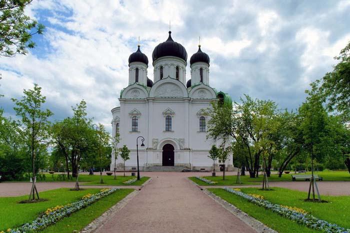 Екатерининский собор в Царском Селе отдали в безвозмездное пользование РПЦ