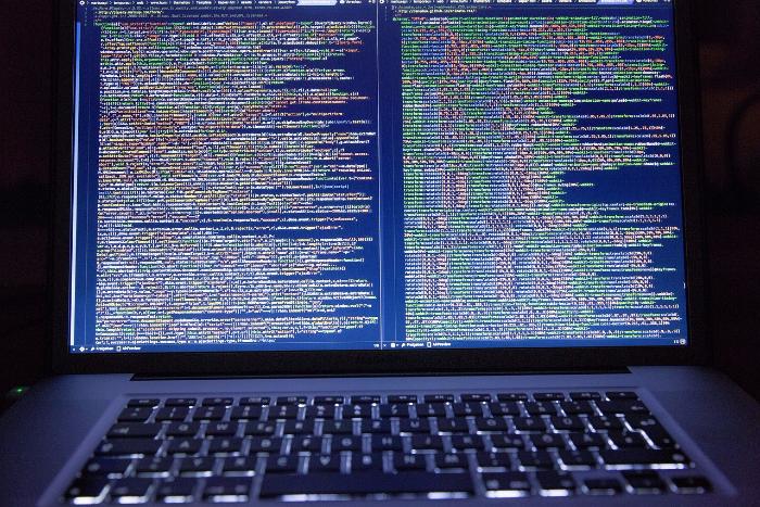 ФСБ рассказала о 70 млн кибератак на российские объекты за год