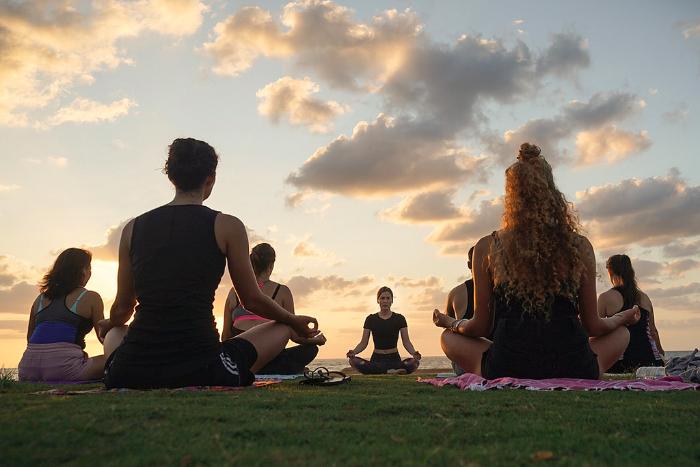 «Вокруг йоги много мифов. Главный — религиозный»: организаторы йога-мероприятий — о деле Угая и «пакете Яровой»