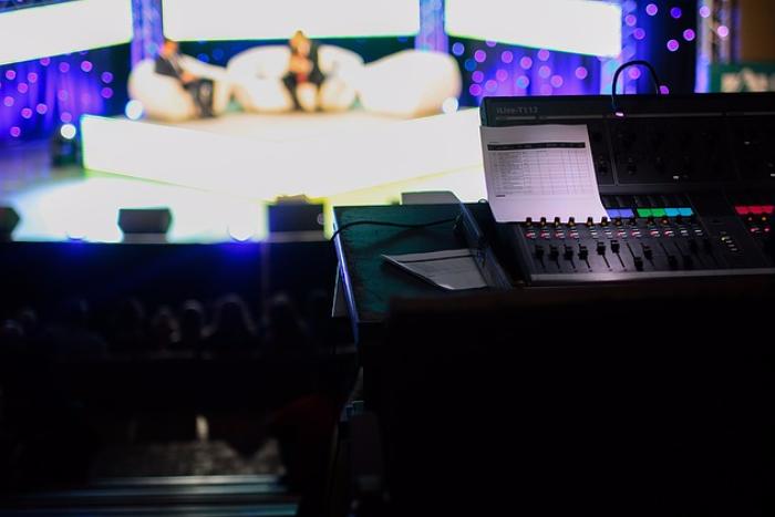 Профессии, которые ненавидят: тележурналист — о погоне зарейтингами и бесполезных новостях