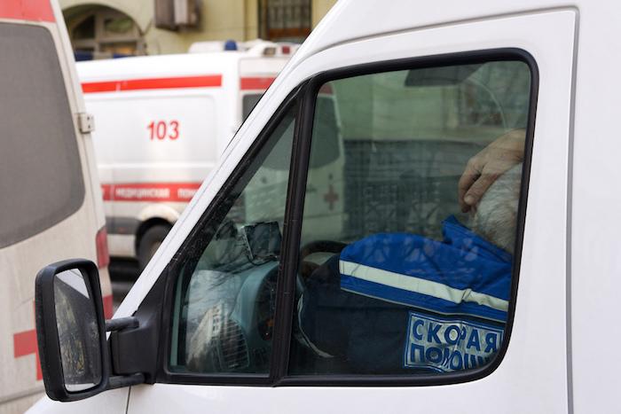 Фельдшеры и водитель скорой помощи — о том, кто не пропускает надорогах и что больше всего мешает работать