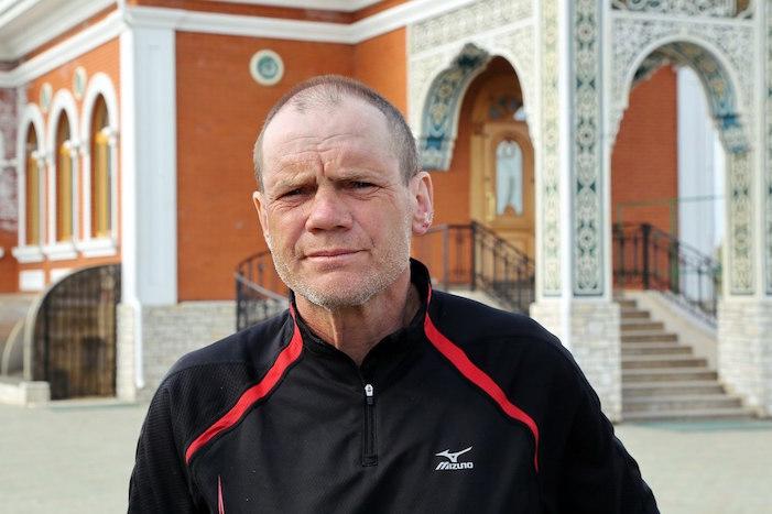«Я стал добрее к людям»: как 60-летний петербуржец за почти два года пешком обошел Землю