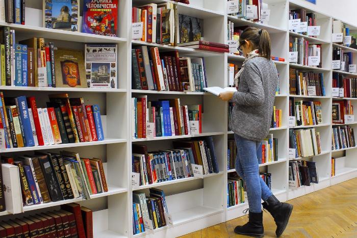 «Представления об интеллигенции из врачей и учителей далеки от реальности». Cоциолог из ЕУ — о влиянии профессии на вкус к литературе