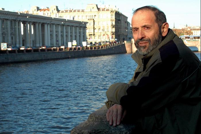 Депутат Борис Вишневский — ошкольных годах, символах города илюбви к Исаакиевской площади