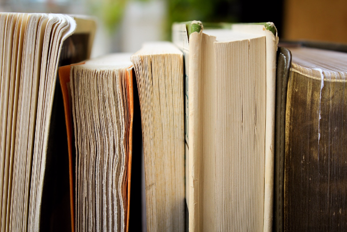 В «Порядке слов» книги распродадут со скидкой до 50 %