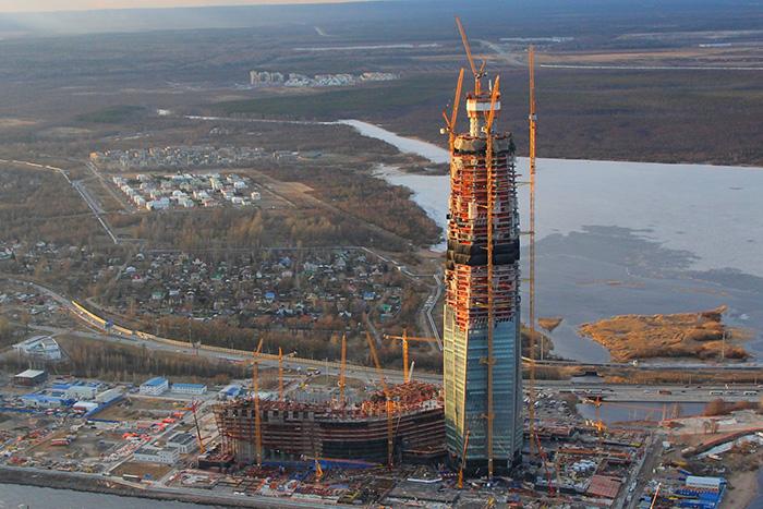 «Лахта-центр» обогнал телебашню. Теперь это самое высокое сооружение Петербурга
