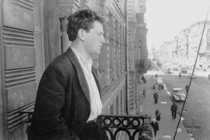Пройдите тест и выясните, чтоДостоевский, Ахматова иБродский писали о петербургских улицах ипогоде