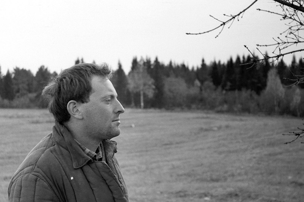 Он вернулся из ссылки другим человеком и другим поэтом»: искусствовед  Михаил Мильчик — о том, как суд и ссылка изменили Иосифа Бродского. «Бумага»