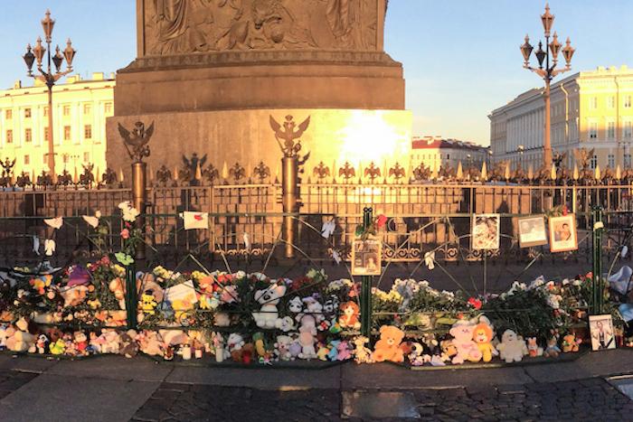 На Серафимовском кладбище захоронили неопознанные останки погибших при крушении A321