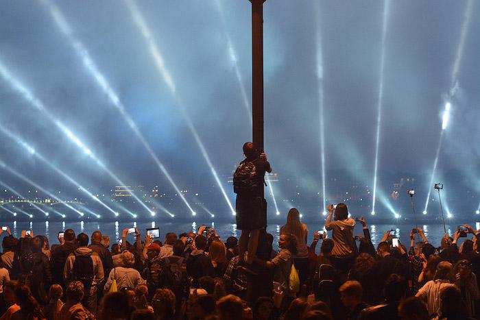 Какими были «Алые паруса» в Петербурге разных лет. Видео, истории и фото
